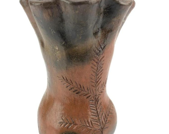 Native American Navajo Pine Resin Glazed Pottery Vase Wall Hang 8 x 5 Inches Signed