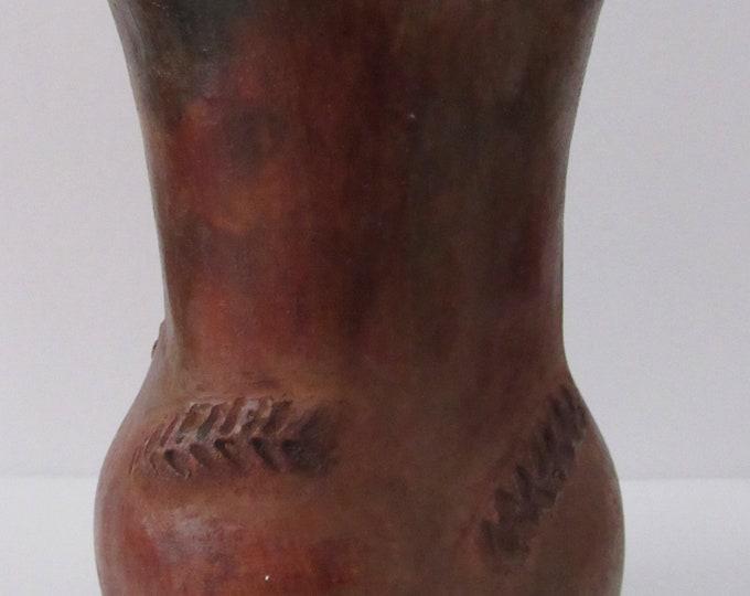 Native American Navajo Pine Resin Glazed Pottery Wheat Vase 8.5 x 5 Inches