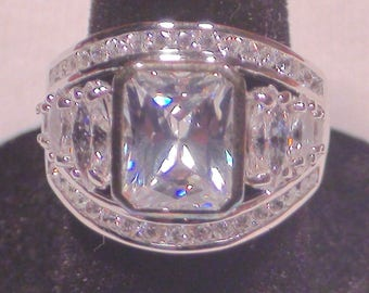 Sterling Silver Cubic Zirconia Radiant Marquise Cut Fashion Ring Size 6 1/2