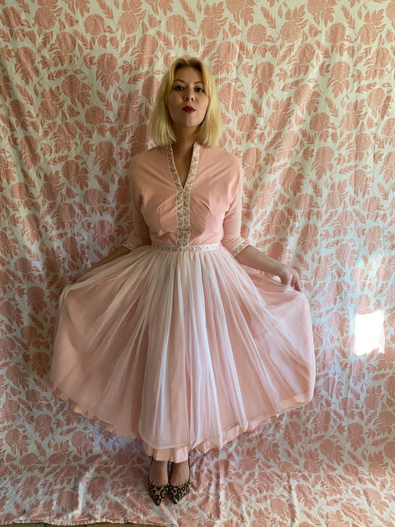 1950s pink prom dress. 50s dress. Poodle skirt dre