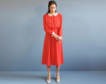 Red dress with lace / red romantic dress / pleated red dress / 30s 40s inspired dress