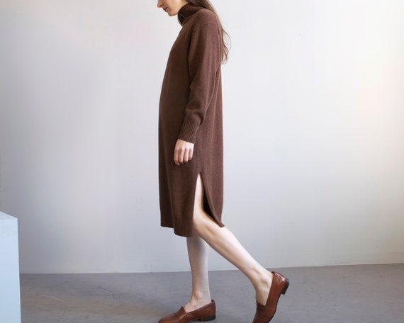 cinnamon brown turtleneck sweater dress / sz XS