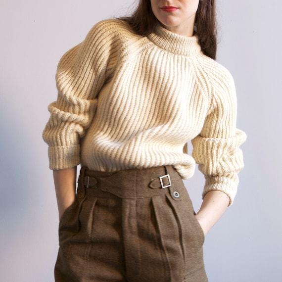 classic chunky ivory raglan fisherman sweater / sz