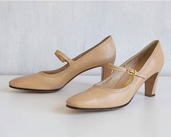 Oat Mary jane shoes / beige pumps 30s 40s style sh