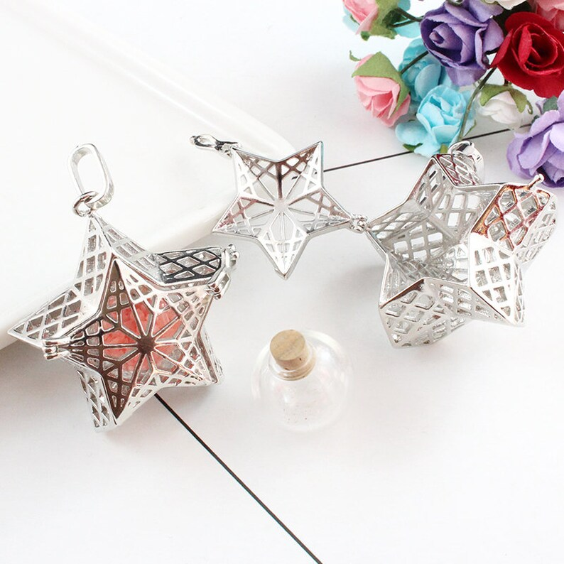 Star Ornament 1PC Star Locket with Fillable Glass Orb Memorial Jewelry Pendant Star Pendant  Cremation Jewelry Keepsake Locket