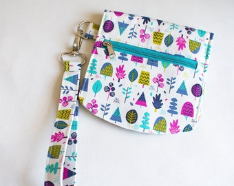 Pouch Sewing Pattern PDF, Olina pouch pattern (Includes SVG File) Card pockets, a zip pocket, magnetic snap closure and wristlet strap.