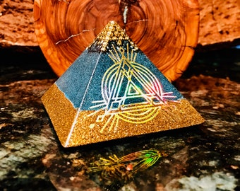 Orgonite® Pyramid Orgone ~  BoHo AzulSol ~ Elemental Orgone Shungite, Copper, Quartz EMF Protection Energy Accumulator