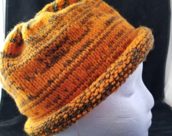 Roll Brim Knit Cap