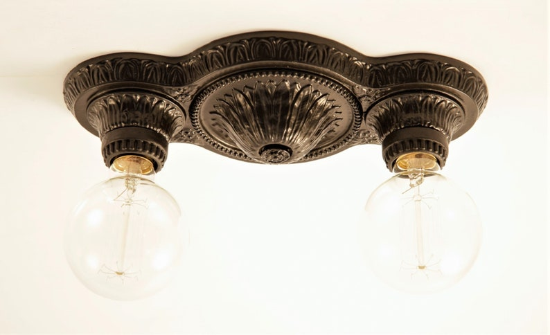Beautiful Hand-Cast Reproduction Light Fixture 'Flora' image 0