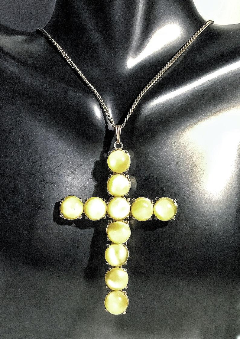Antique Art Deco Imitation Chrysoberyl Cat\u2019s Eye Cross Crucifix Pendant Necklace