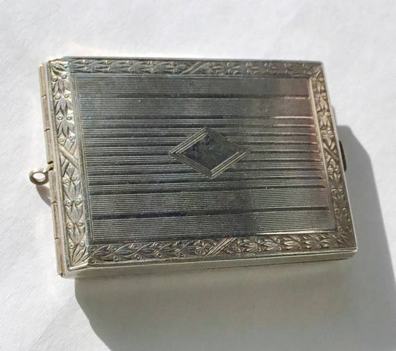 1920s Art Deco Match Safe Engraveable Locket, Silv
