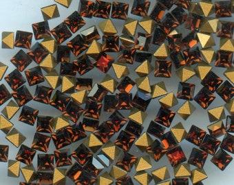 4401 3 V *** 25 strass Swarovski vintage fond conique carrés 3mm VIOLET
