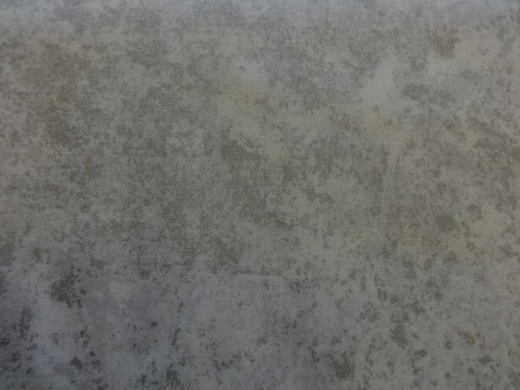Northcott White w/Gray & Sliver Speckles  Fabric 411