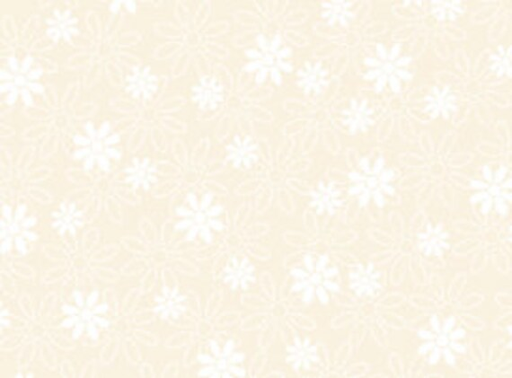 Quilting Treasures Ecru 'Quilting Illusions' Stencil Floral Fabric  197