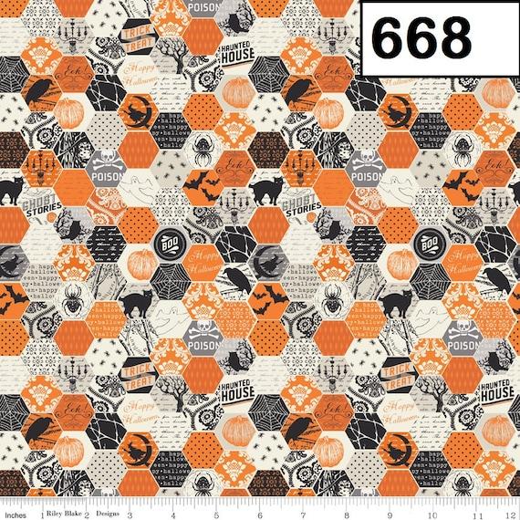 Riley Blake Fabrics Happy Haunting - Honeycomb Design