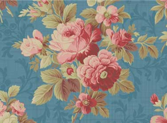 Red Rooster Bed of Roses Fabric 4642-26255