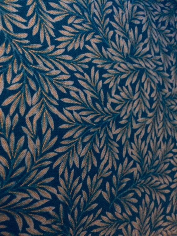 Suffolk Teal, Blue Leaves