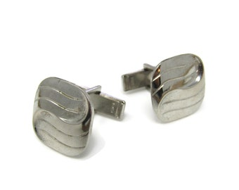 Swirl Men's Cufflinks: Vintage Silver Tone - Stand Out from the Crowd with Class
