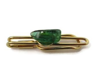 0b2189c2a849 Vintage Tie Bar Clip: Green Glass Center Open Gold Tone Design