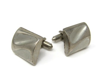 Modernist Chunky Indent Men's Cufflinks: Vintage Silver Tone - Stand Out from the Crowd with Class