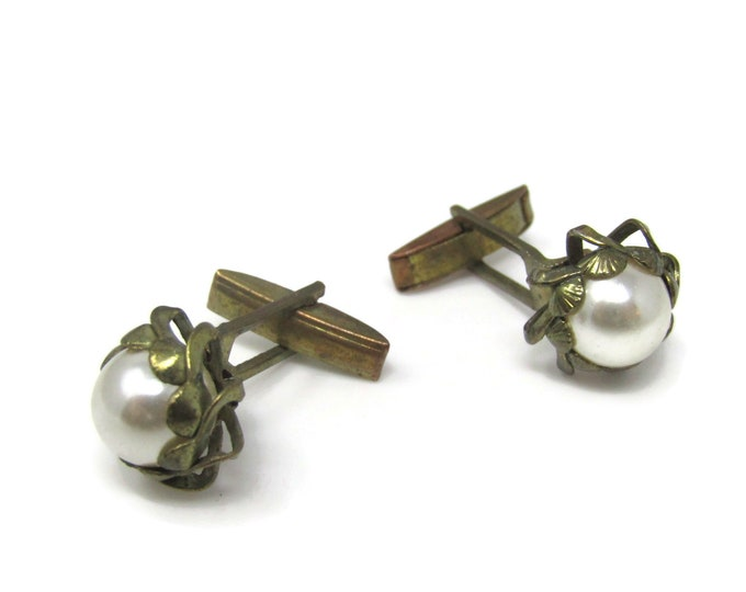 Vintage Cufflinks for Men: Faux Pearl Nice Setting