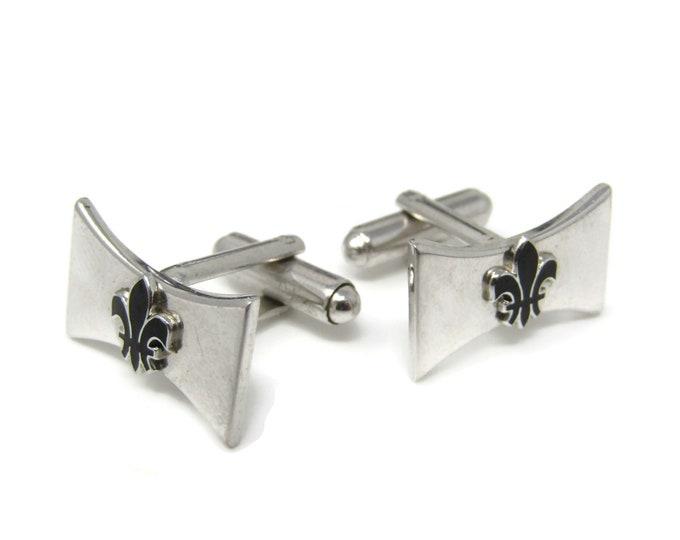 Vintage Cufflinks for Men: Fleur de Lis Silver Tone Squeeze Middle Design