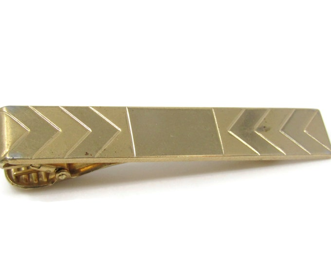 Pointed Arrows Tie Bar Clip Vintage Gold Tone Stand Out w/ Style Fit In with Class