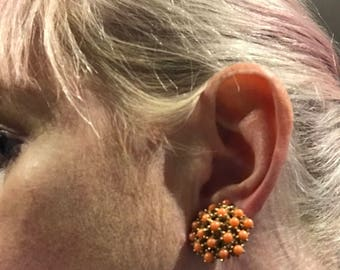 Vintage (1950's) russet brown cluster glass bead clip on earrings