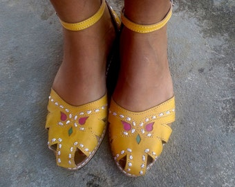 """Leather Sandals Handmade  Yellow Leather Shoes Vintage Style Leather Shoes Summer Sandals """"BONECA"""""""