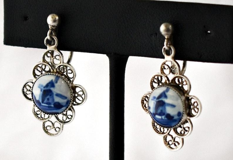 hand painted blue ceramic windmills /& silver filigree flowers novelty earrings 60/'s Delft porcelain 835 silver whimsical screw back dangles