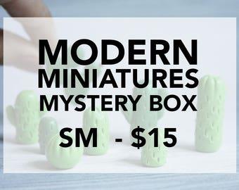 Modern miniatures mystery box - small