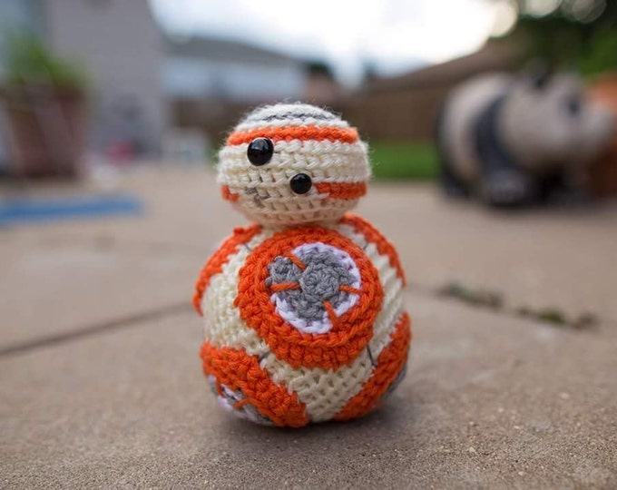 BB8 Crocheted Mini Figure