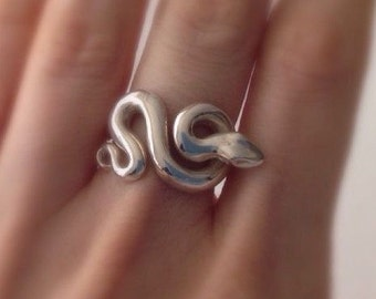 Minimalist Snake Ring in solid .925 Sterling Silver / Made in Australia