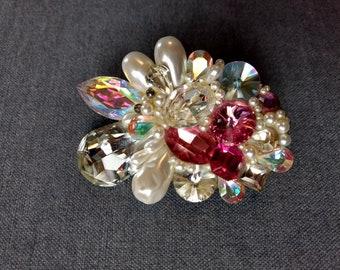 Rhinestone, Pink, Pearl, Prism stoned vintage brooch