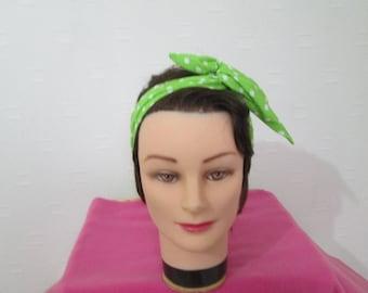 Bandeau vintage chic rigide à nouer vert anis à pois blanc