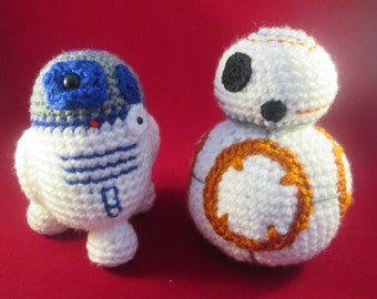 Handmade Crocheted Amigurumi Toy Robot Bundle/ Photography Props/ Robot Toys/ Robot Amigurumi Toys/ Nursery Decor/ Child's Bedroom Decor