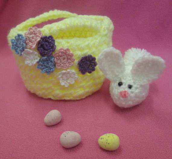Handmade Crocheted Fillable Easter Egg with Amigurumi Baby Chick ToyEaster Party FavorEasterCandy Holder