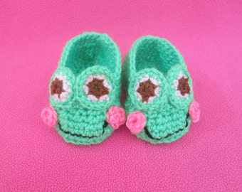 Happy Hopping Frogs Handmade Crocheted Baby Booties/Baby Shower Gift