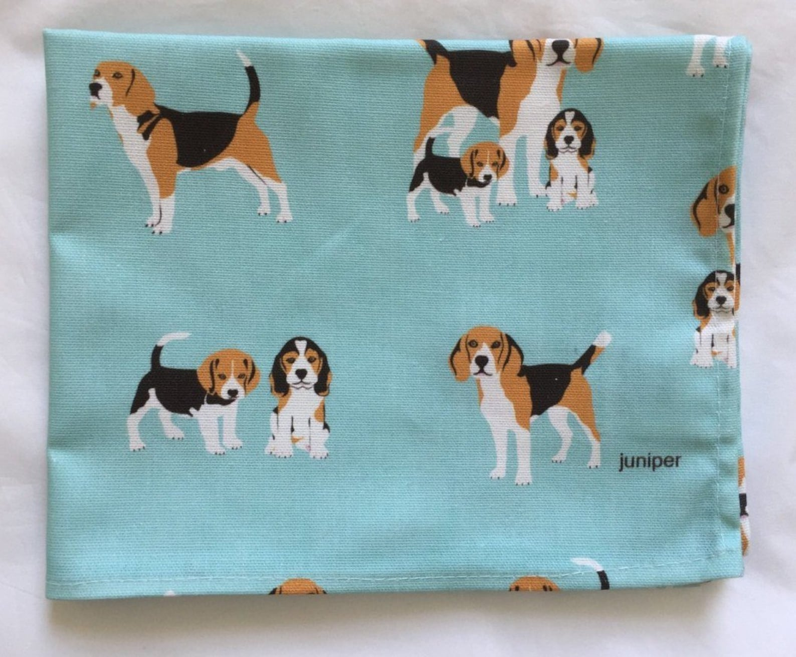Blue tea towel with beagle print