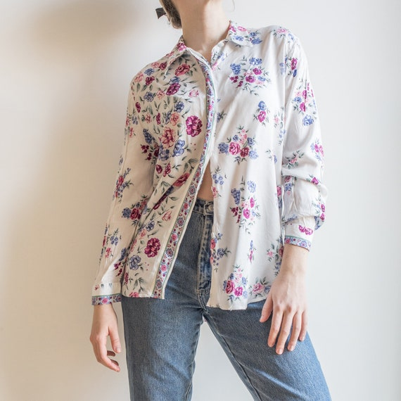Vintage 90s viscose,whiteredbeigegreen colors,floral printed,long sleeve,button down sheer shirt,blouse.size S-M-L