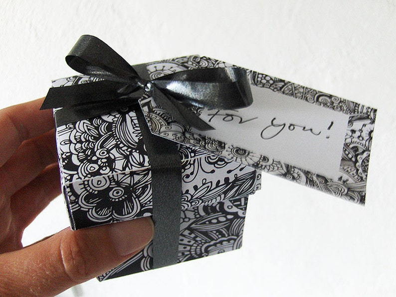 Template  paper gift box black detailed zentangle DIY image 0
