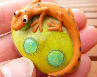 1 GECKO - Schwerpunkt-Perle-Handwerker Glasperle. Handgefertigt von deutschen Glaskünstlerin Sabine Frank