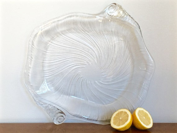 Vintage Large Glass Shell Serving Bowl Nautical Coastal Serving Clamshell Hamptons Preppy Seaside Decor