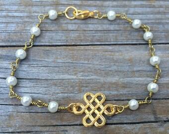 Pearl Beaded Endless Knot Bracelet, Rosary Bracelet, beaded bracelet, layering bracelet, stacking bracelet, boho bracelet, Gifts for her