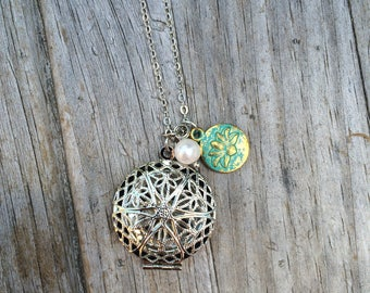 Locket and Charm Necklace, Locket Necklace, Wedding Necklace, Gifts for her, Bridal Jewelry, Bridesmaid Gift, Mother of the Bride