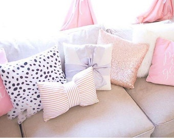 Black and white spot pillow cover