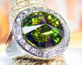 SILVER FINISH RING, Swarovski peridot, peridot crystal, 14mm rivoli crystal, green ring, size 7.5 ring, Swarovski ring - 1499