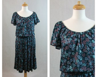 70s vintage floral print dress. Short sleeves dress. Size M.