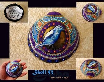 "Shell 53, ""Tjilptjilp"", unique hand painted seashell, bird painting"