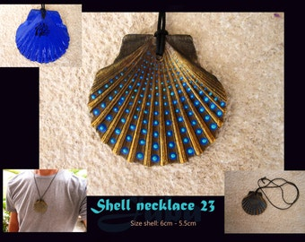 Shell necklace 23, no shippingcosts, Handpainted original one of a kind pendant